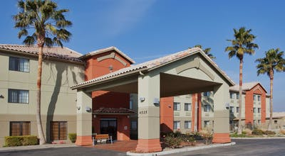 Holiday Inn Express Westley North