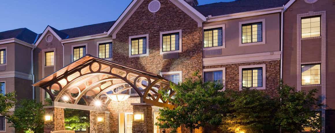 Staybridge Suites Maple Grove