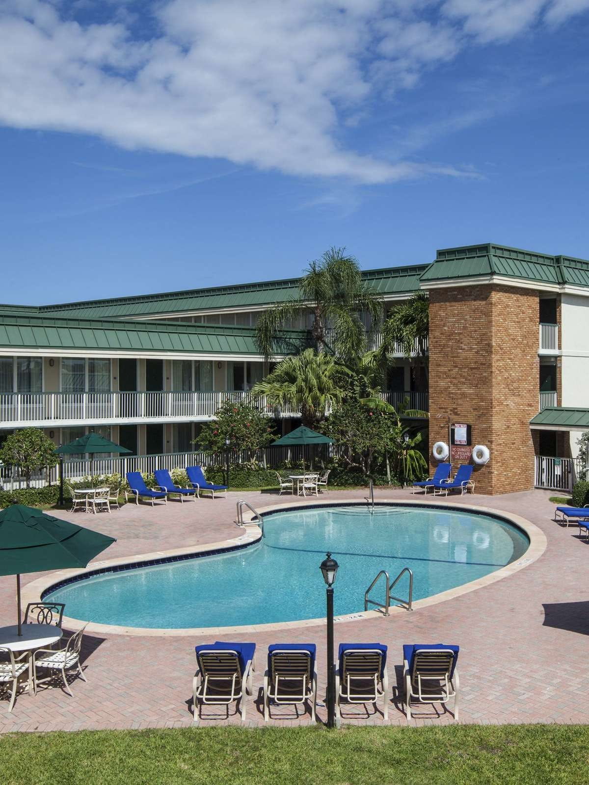 Holiday Inn Hotel & Suites Vero Beach Oceanside
