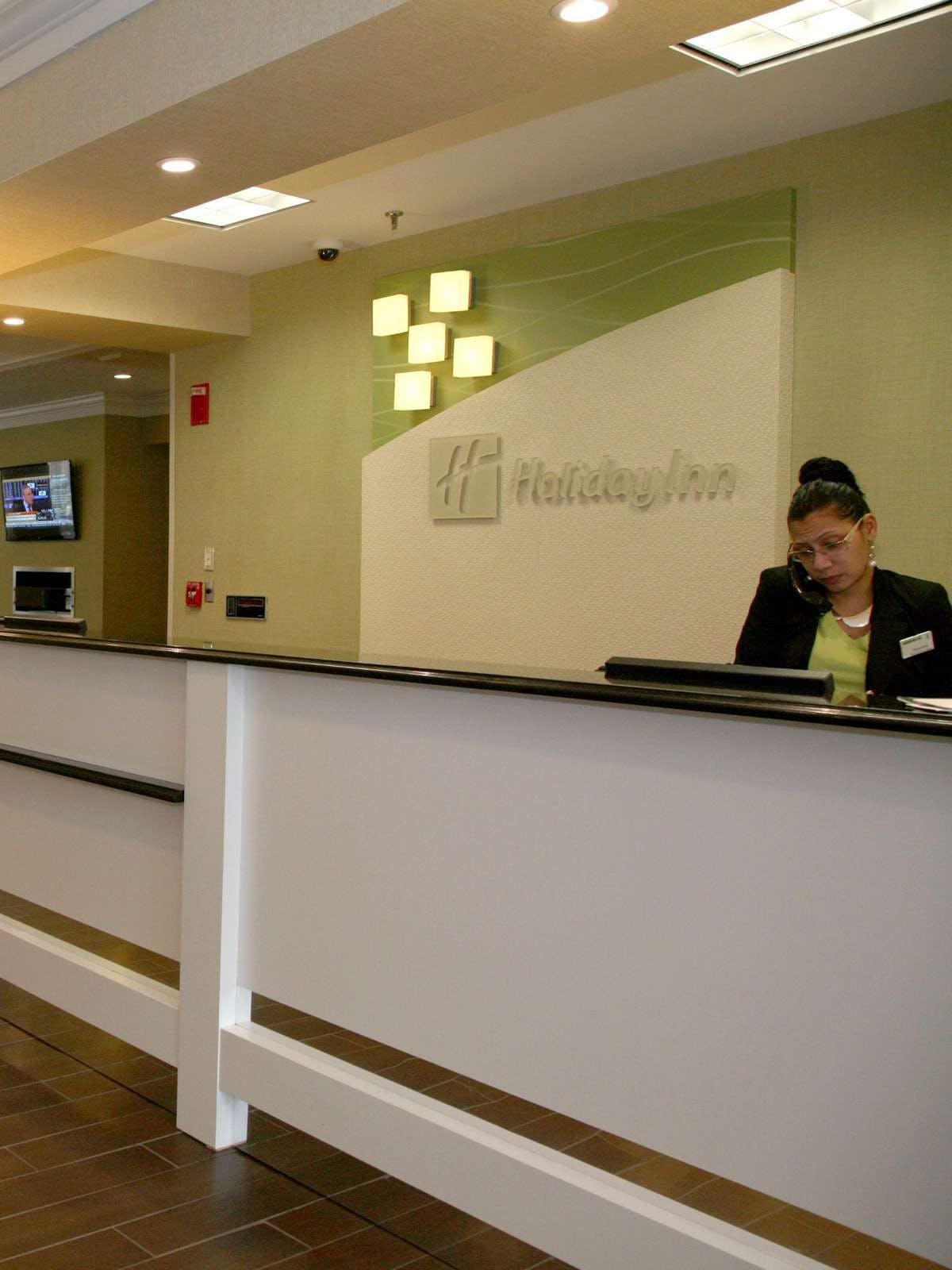 Holiday Inn New London