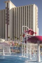 Circus Circus Hotel - Skyrise Tower
