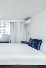 Hotel LaCroix