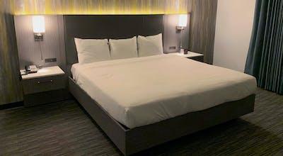 Vanllee Hotel & Suites