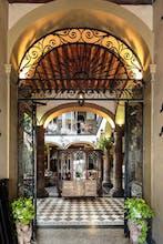 Casa Pedro Loza Petit Hotel