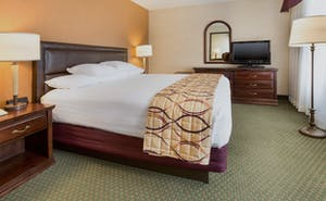 Drury Inn and Suites Bowling Green