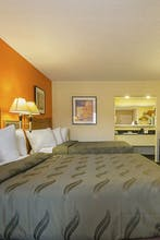 Quality Inn & Suites North Richland Hills