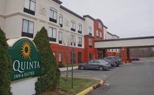 La Quinta by Wyndham Mt. Laurel - Philadelphia