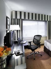 Crowne Plaza Boston Natick