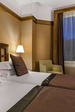 Best Western Plus Mercedes Arc de Triomphe