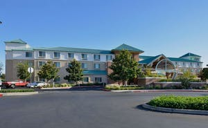 Holiday Inn Express Hotel & Suites Elk Grove Central