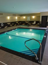 Holiday Inn Express Hotel & Suites Topeka West