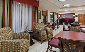 Holiday Inn Express Hotel & Suites Knoxville North I 75 Exit 112