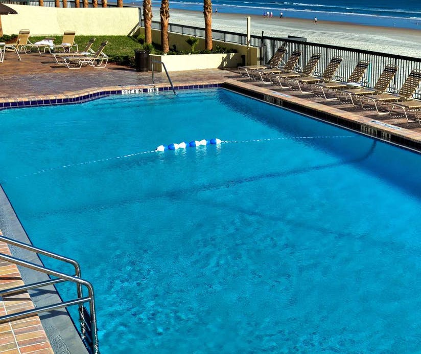 Holiday Inn Express Hotel Suites Daytona Beach Ss
