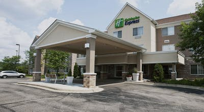 Holiday Inn Express Hotel & Suites Chicago Deerfield Lincolnshire