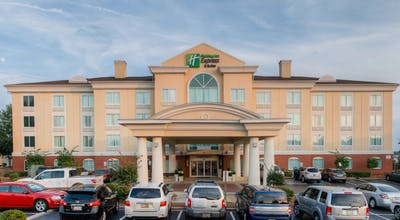 Holiday Inn Express Hotel & Suites I 26 @Harbison Blvd