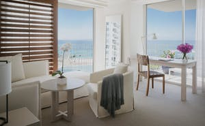 The Modern Honolulu -1 Bedroom Oceanfront Suite