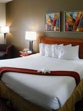 Holiday Inn Express Hotel & Suites Orange City