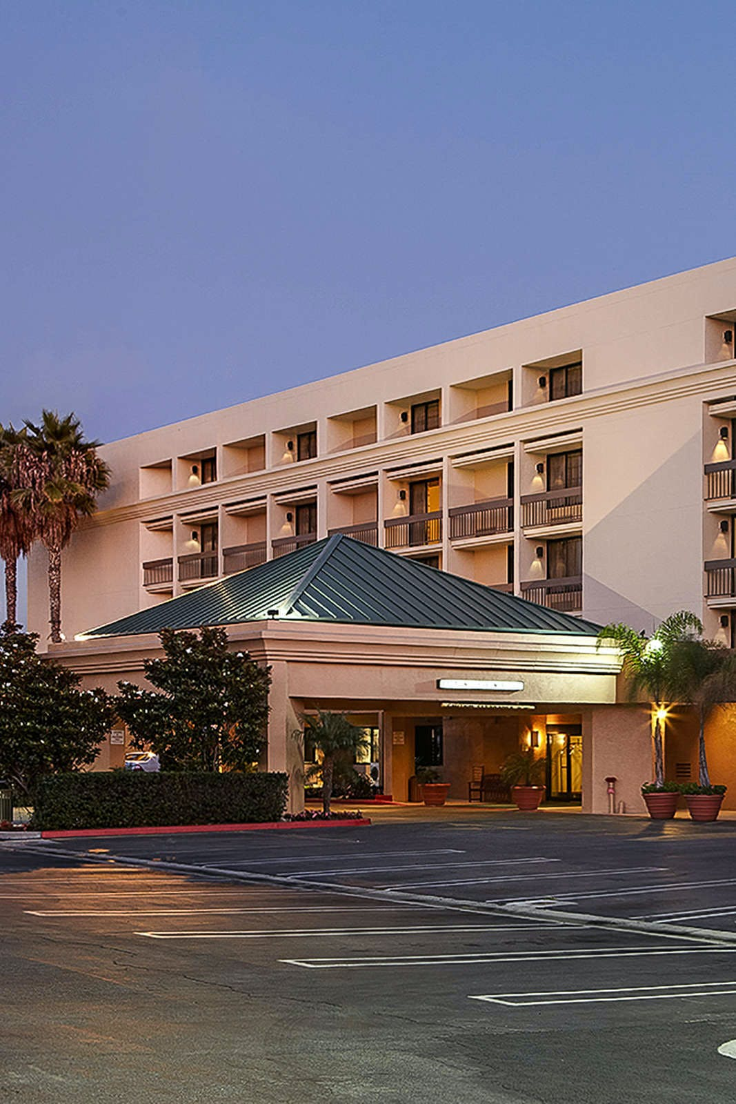 Hotel MDR - A Doubletree by Hilton