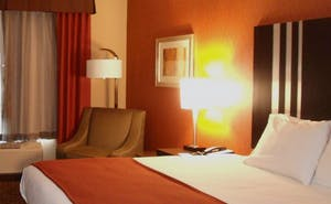 Holiday Inn Express Hotel & Suites Alpine Southeast