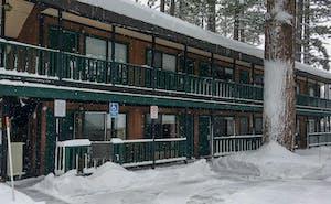 Tamarack Lodge Motel