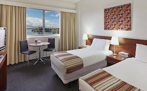 Macleay Hotel