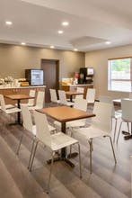 Microtel Inn & Suites By Wyndham Oyster Bay