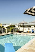 Riviera Hotel + Suites South Beach