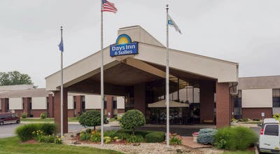 Days Inn & Suites by Wyndham Northwest Indianapolis