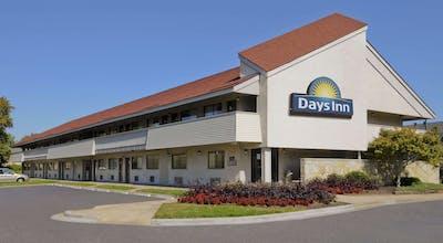 Days Inn by Wyndham Overland Park/Metcalf/Convention Center
