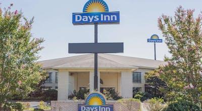 Days Inn By Wyndham Spartanburg Waccamaw