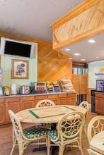 Days Inn By Wyndham, Pensacola Historic Downtown