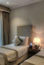 City Stay Hotel