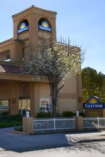 Days Inn by Wyndham Hayward Airport