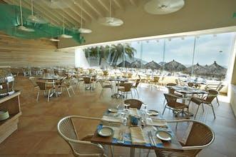 Park Royal Beach Ixtapa (All-Inclusive)
