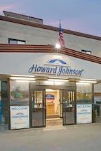 Howard Johnson by Wyndham Jamaica JFK Airport NYC