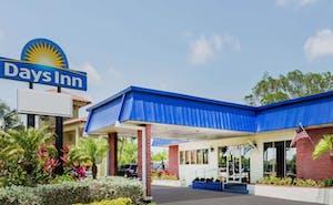 Days Inn by Wyndham Fort Myers Springs Resort