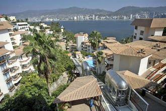 Park Royal Acapulco Family Beach Resort (All-Inclusive)