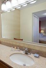 Hawthorn Suites By Wyndham Dearborn/Detroit MI