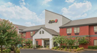 Super 8 by Wyndham Southaven