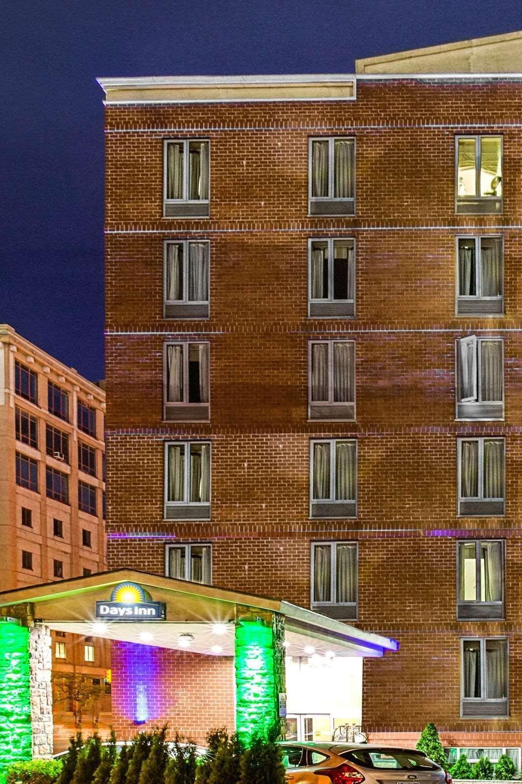 Days Inn by Wyndham Long Island City