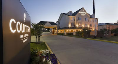 Country Inn & Suites by Radisson, Covington, LA