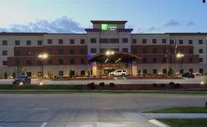 Holiday Inn Express & Suites Columbia Univ Area Hwy 63
