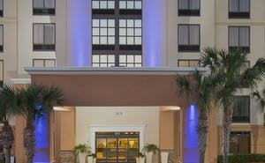 Holiday Inn Express & Suites Jacksonville SE Med Center Area