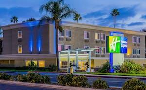 Holiday Inn Express San Diego Seaworld Beach Area