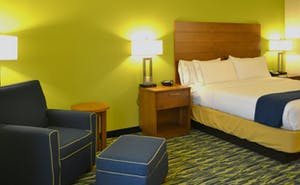 Holiday Inn Express & Suites Midland South I 20