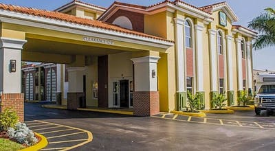 Quality Inn Airport - Cruise Port