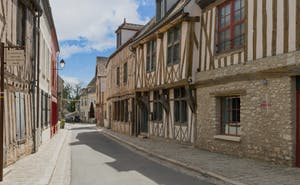 HotelAux Vieux Remparts, The Originals Relais