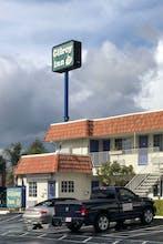 Gilroy Inn