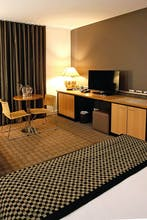 Golden Pebble Hotel