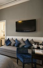 The Independent Suites